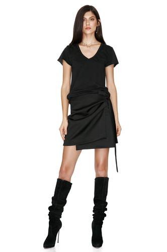 Black T-shirt - PNK Casual